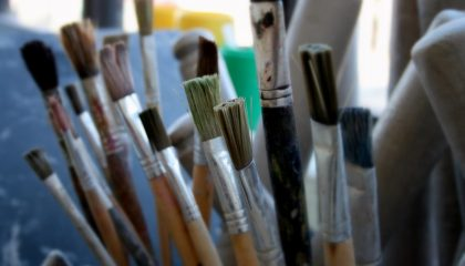 The Best Way To Clean Acrylic Paint Brushes