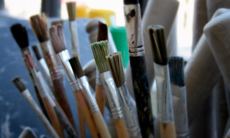 cleaning acrylic paint brushes